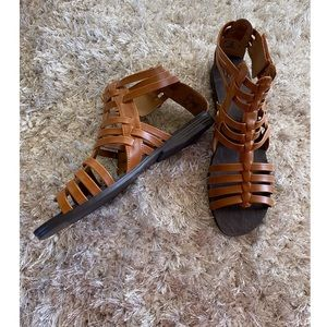 NWOT Route 66 Gladiator Sandals Size 10
